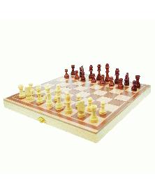 Шахматы, игра из дерева